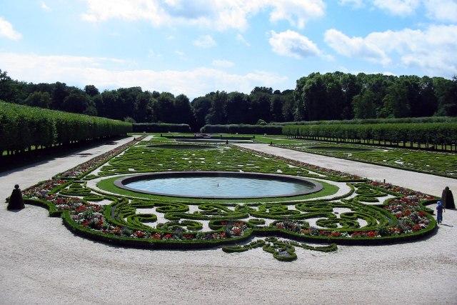 foto: Franse tuin slot Augustusburg