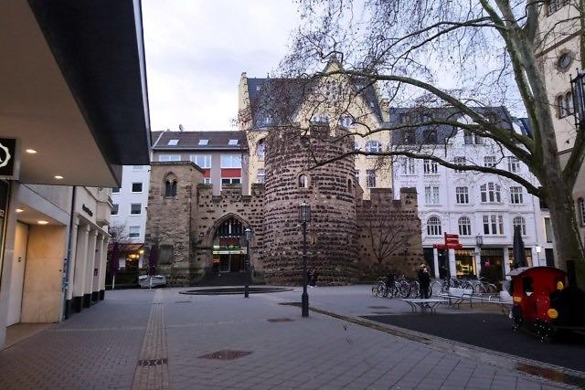 Een oude stadspoort van Keulen