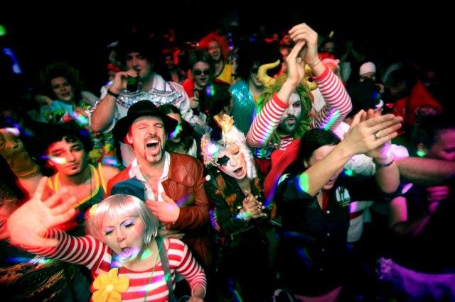 foto: feest tijdens carnaval van Keulen
