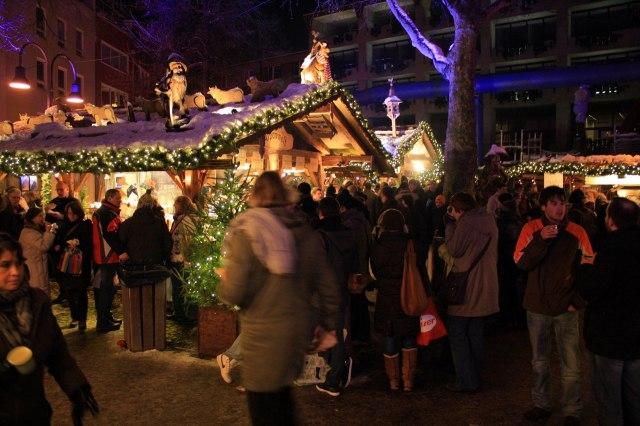 Een van de acht kerstmarkten van Keulen