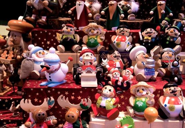 Een kerststal met leuke kerstspulletjes