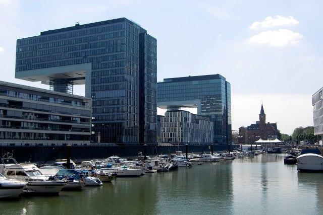 De Rheinauhafen van Keulen