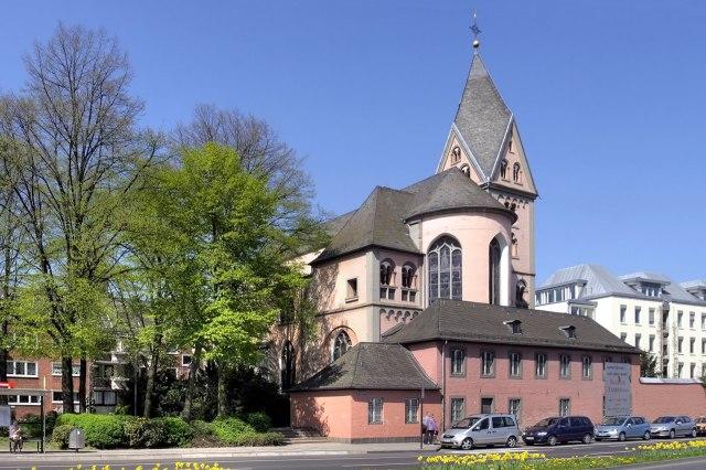 De Sint-Maria in Lyskirchen vanaf de Rijn