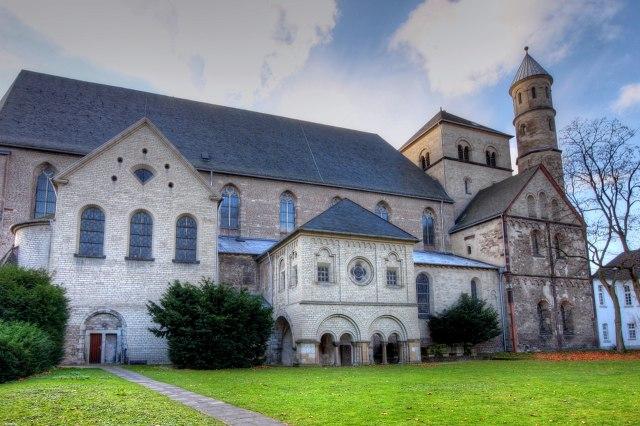 De romaanse Sint-Pantaleonkerk in Keulen