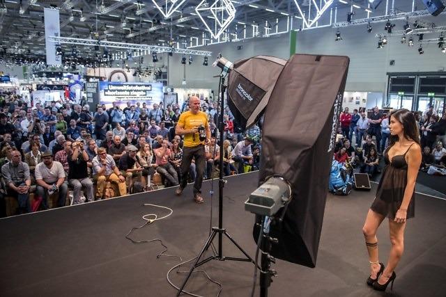 Een fotoshoot op de photokina