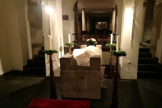 De sarcofaag van Albertus Magnus