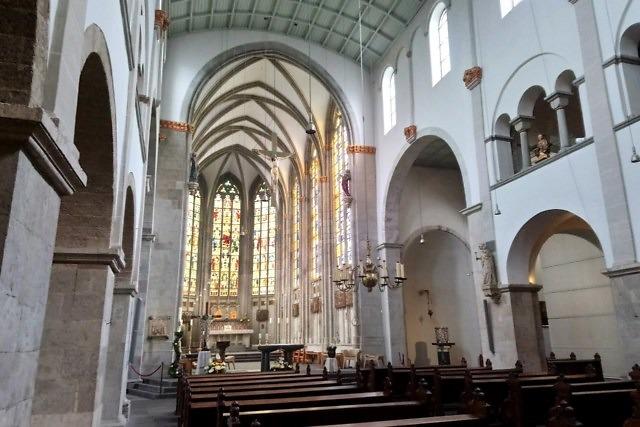 Het interieur van de Sint-Ursulakerk van Keulen